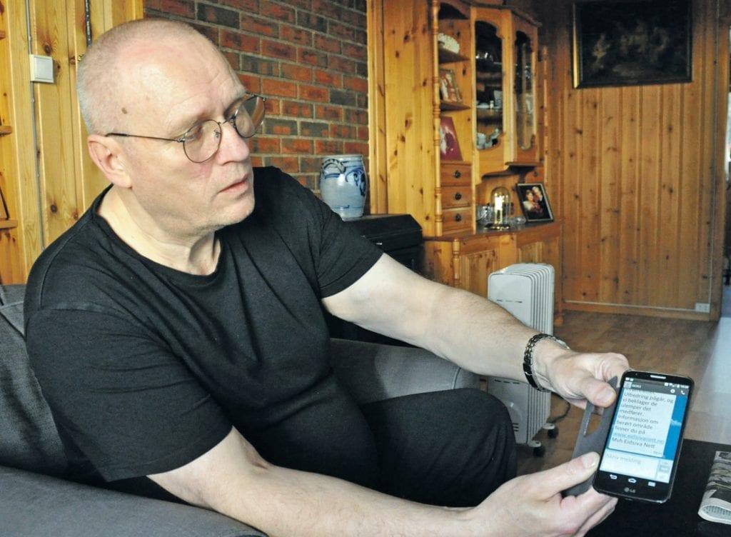 Slik er det hvert eneste år med stadige strømbrudd, sier Molvær. Fredag fikk han melding på mobilen kl. 09.41 om at strømmen hadde gått igjen.